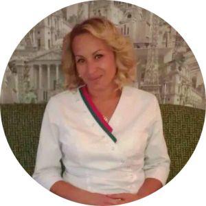 Мастер ногтевого сервиса круглосуточных салонов красоты Dozari