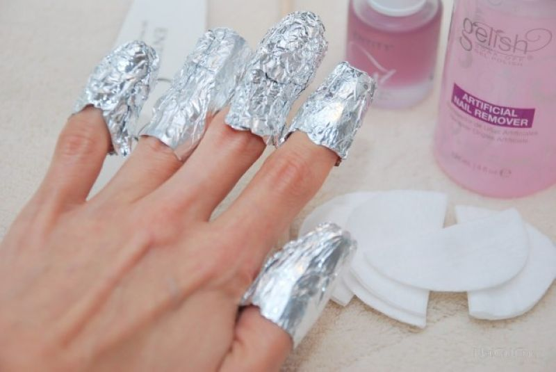 Снятие гелевых ногтей рук в Москве круглосуточном салоне красоты в Москве на Тверской