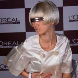 Окрашивание волос L'Oreal LUO COLOR в круглосуточном салоне красоты на Тверской