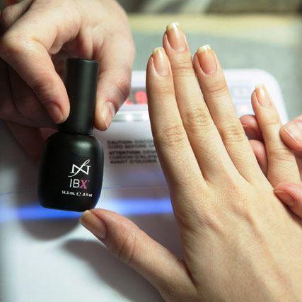 Восстановление ногтей IBX в круглосуточном салоне красоты в Москве на Тверской